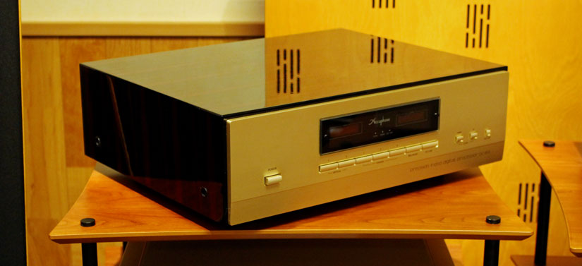 Accuphase DC-801