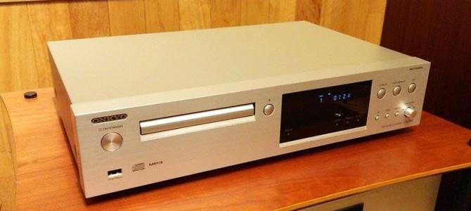 ネットワークオーディオプレーヤーを搭載したCDプレーヤーのご紹介です。