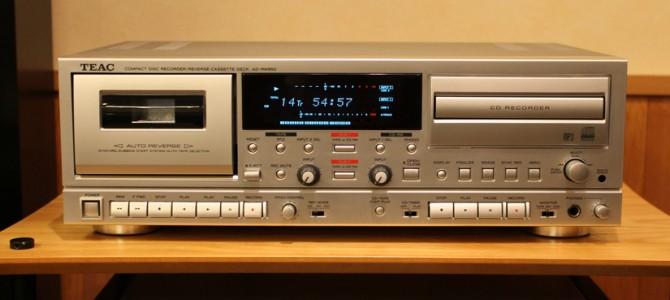 TEACのCDレコーダー/カセットデッキ AD-RW950のご紹介です。