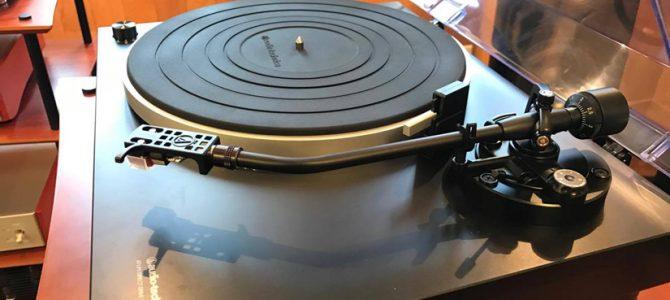 人気のaudio-technicaのダイレクトドライブプレーヤー AT-LP5 展示中です。