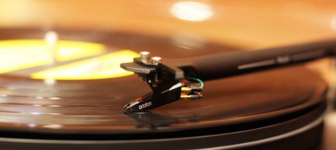 良質なレコードプレーヤーがお買い得に。