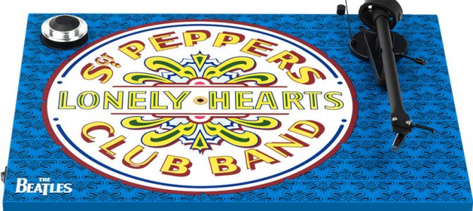 【The Beatlesコラボモデル】レコードプレーヤー、EssentialⅢ Sgt.Pepper's Drumがお買い得に。