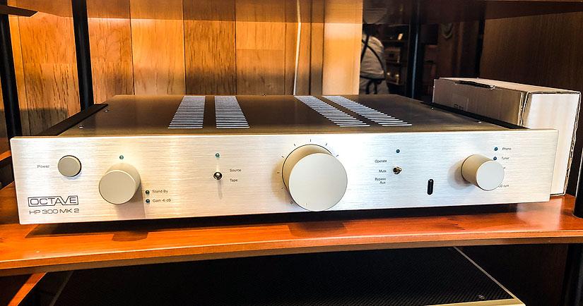 【中古品】OCTAVE/ハイブリッド真空管プリアンプ/HP300MK2 P(MC PHONO搭載モデル)
