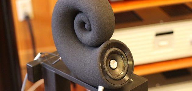 世界初、3Dプリンターで砂から作られたオーディオシステム DEEPTIME SPIRULA/IONIC