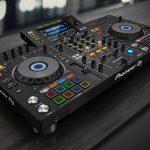【大は小を兼ねまくる】DJコントローラー、XDJ-RX2