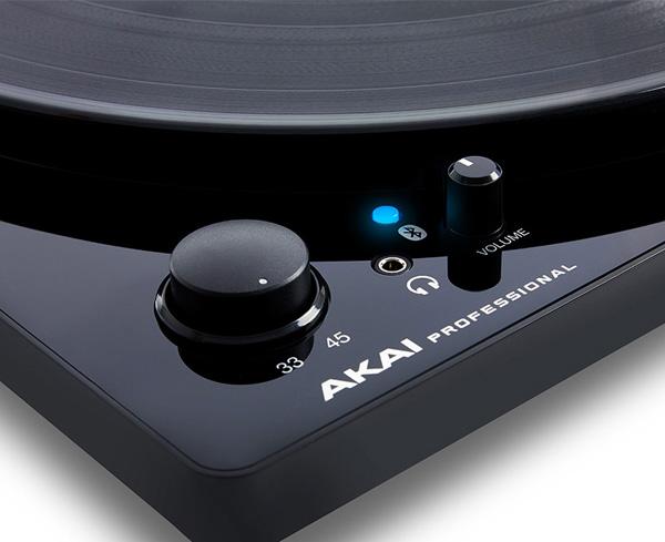 AKAI Professional BT100